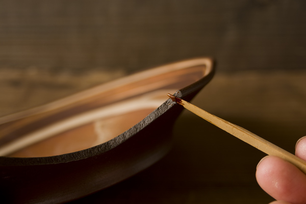 金継ぎの麦漆接着の方法
