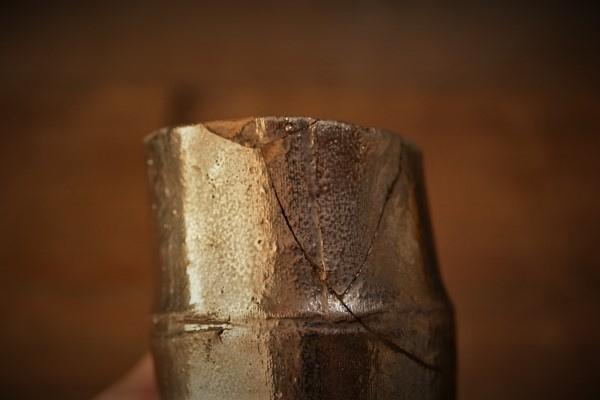 金継ぎの方法。刻苧漆が乾いたところ