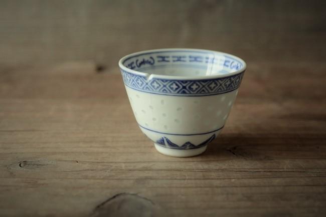 中国の湯飲みの金継ぎ修理