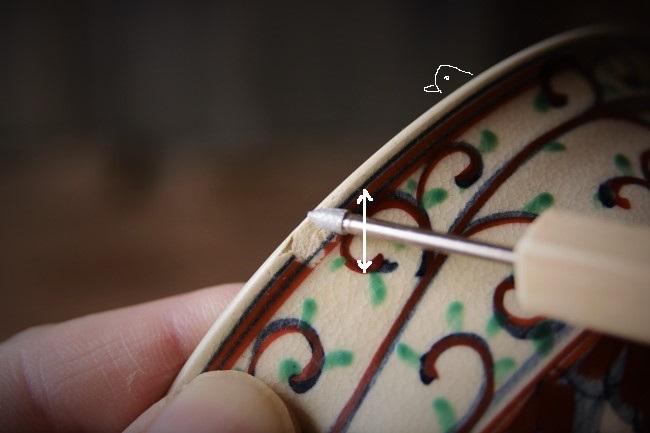 抹茶茶碗の欠けた箇所をダイヤモンドビットで鑢る