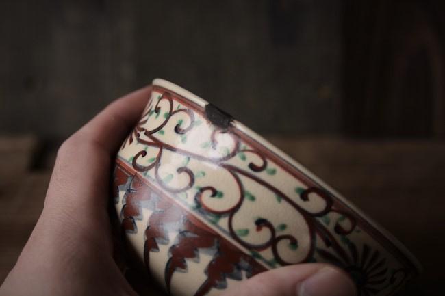 縁の欠けた抹茶茶碗の金継ぎ修理のやり方