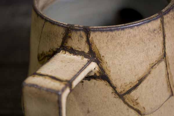 金継ぎの方法。急須の錆漆付け作業