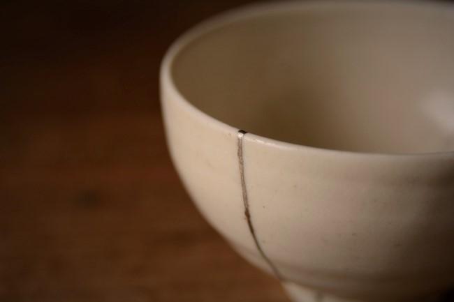 村木雄児の子供茶碗の簡単な金継ぎ修理が完成