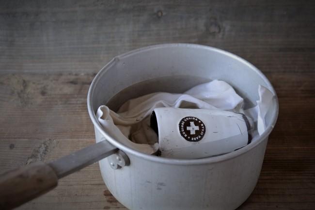 内田鋼一の器を鍋で煮込む
