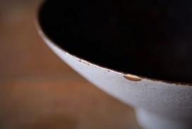 欠けた茶碗の金継ぎ修理