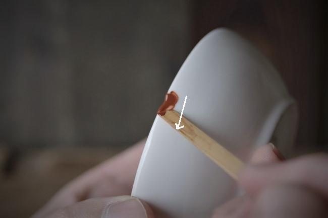 簡単な金継ぎ修理のエポキシ錆を付ける
