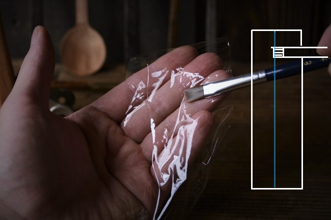 漆の塗りで使う平筆の保存の方法